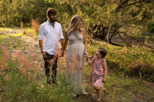 cairns-maternity-pregnancy-baby-photographer-photos-photography-portraits-1