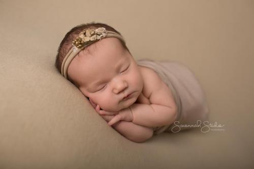 Newborn-Baby-Cairns-Photography-Portrait-Photos-Photographer-Redlynch-18