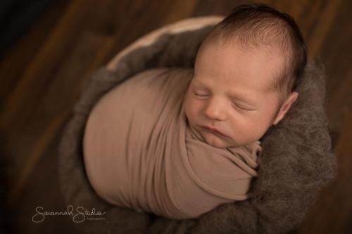 Newborn-Baby-Cairns-Photography-Portrait-Photos-Photographer-Redlynch-20
