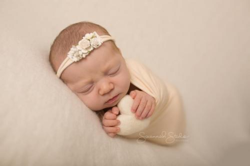 Newborn-Baby-Cairns-Photography-Portrait-Photos-Photographer-Redlynch-24