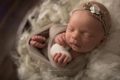 Newborn-Baby-Cairns-Photography-Portrait-Photos-Photographer-Redlynch-29