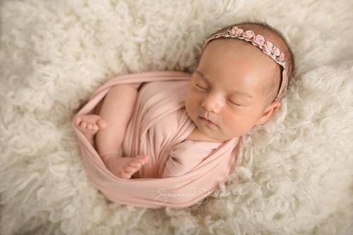 Newborn-Baby-Cairns-Photography-Portrait-Photos-Photographer-Redlynch-31